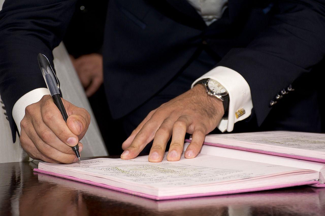 mayor, signature, sign-917149.jpg